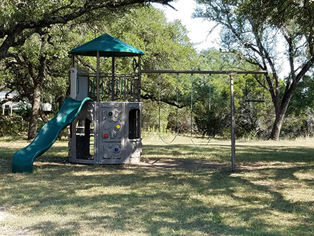 Bec's RV Park in the Frio Canyon hear the Frio River